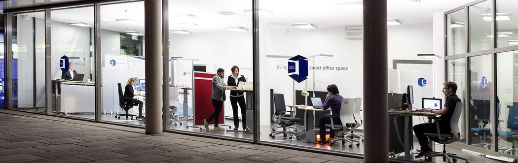 Außenansicht des Living Lab smart office space am DFKI in Kaiserslautern.