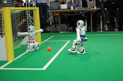 Europameistertitel im Roboterfußball