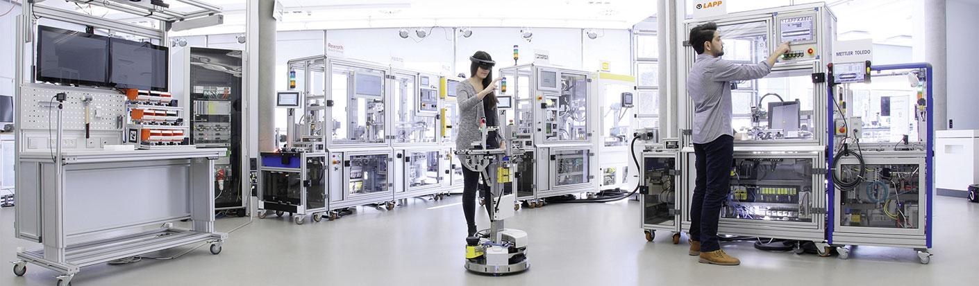 Die Produktionsanlage der SmartFactory-KL in ihrem Aufbau 2018