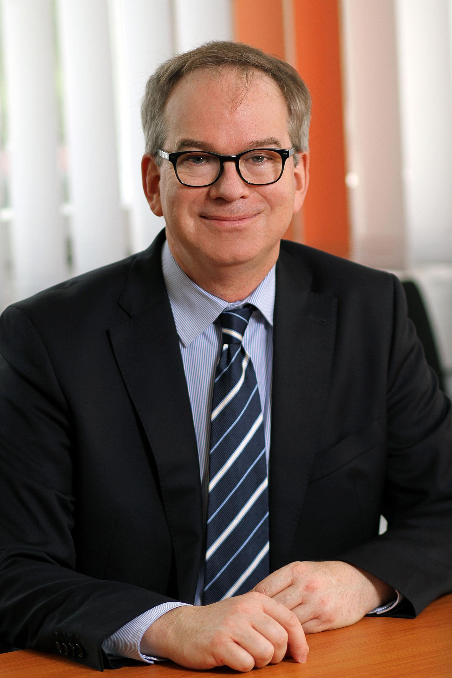 Prof. Dr. Hans D. Schotten