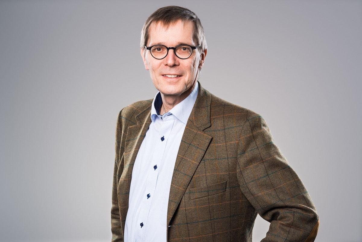 Portrait Prof. Dr Hertzberg