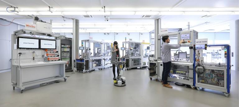 Die Industrie 4.0-Anlage von SmartFactory-KL 2018.